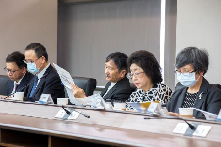 109年11月20日上午監察院教育及文化委員會巡察文化部舉行座談會
