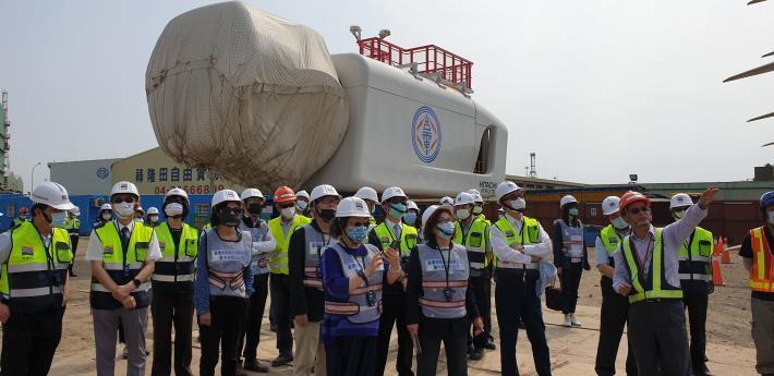 交通及採購委員會110年4月26日巡察臺中港離岸風電產業專區