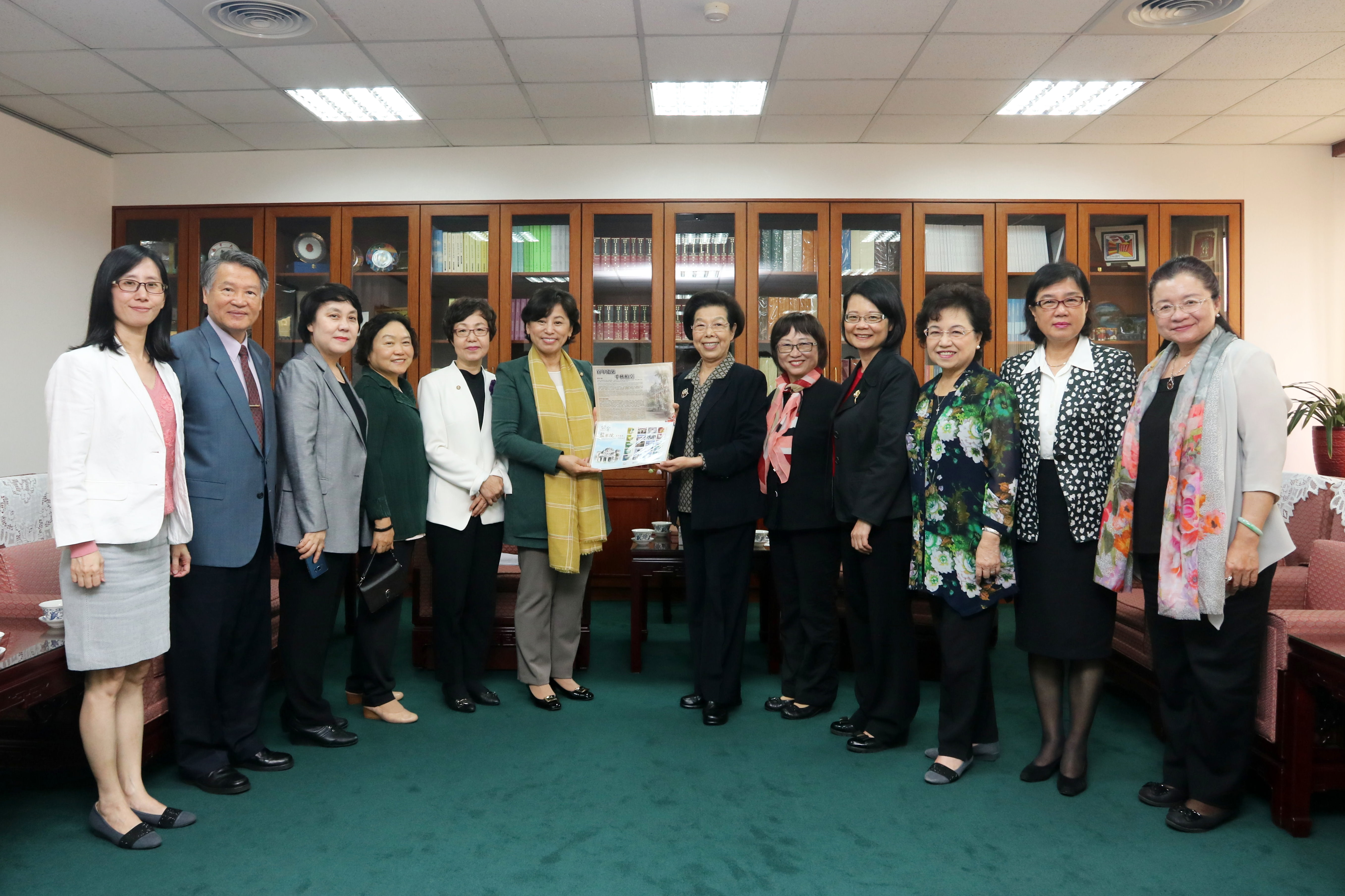 South Korean Gender Equality and Family Committee Delegation Visits Control Yuan